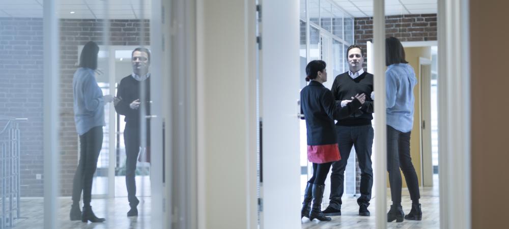Krænket medarbejder? Sådan tackler HR samtalerne